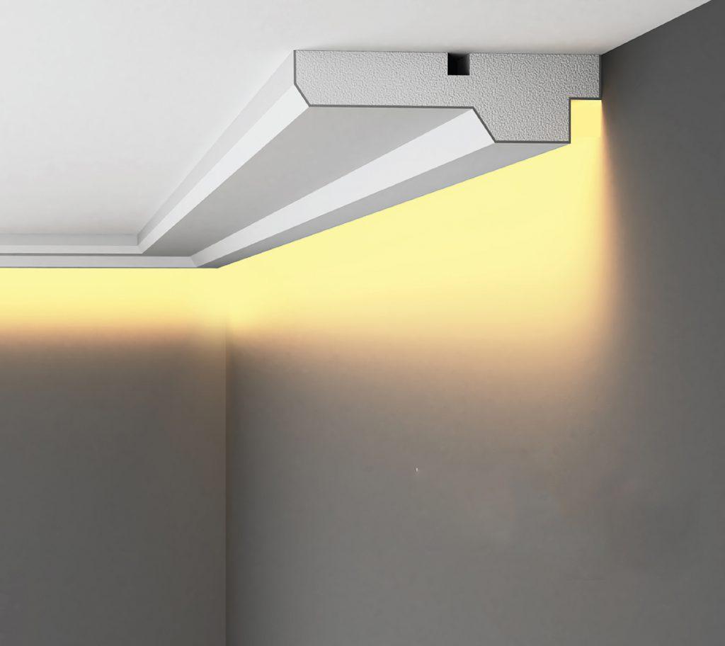 Gzymsy oświetleniowe - jak optycznie powiększyć mieszkanie?